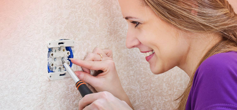 Cómo arreglar un cortocircuito en casa